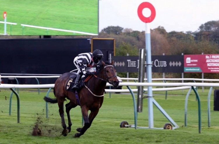 Wrenthorpe wins again at Nottingham for the second year running - same race, same jockey, same conditions!